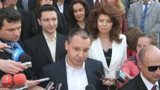 Коалиция за България представя евролистата си пред НДК
