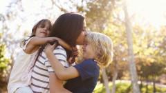 Най-важните уроци, които предаваме на децата си