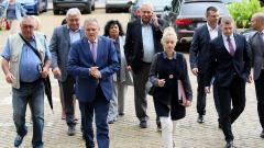 Калфин е лидер в президентската надпревара, убедени хората на Първанов