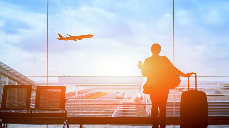 През зимата често се случва полети да закъсняват или да