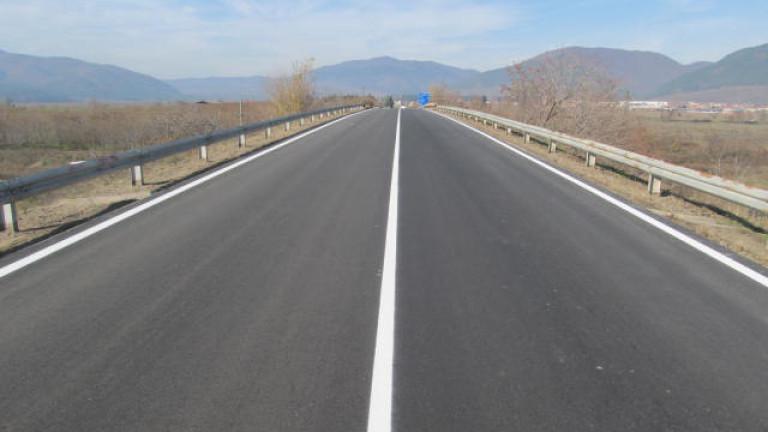 Ново трасе с 6 ленти облекчава трафика по Дунав мост при Русе