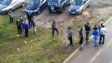 Общинска полиция патрулира около бежански център в София