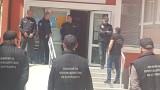 В Божурище протестират в подкрепа на кмета