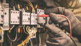 Заводи изключват мощности заради 50% по-скъп ток в сравнение с Германия