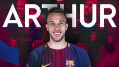 Барселона внесе първия транш за Артур в касата на Гремио