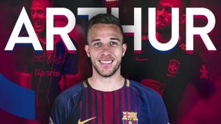 Барселона най-сетне финализира трансфера на Артур