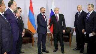 Премиерът на Армения варди Путин с карантина преди срещата им