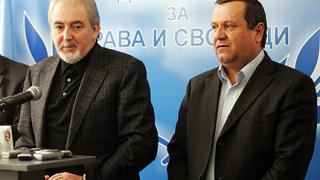 Хасан Адемов поема социалното министерство, Данаил Папазов - транспорта?