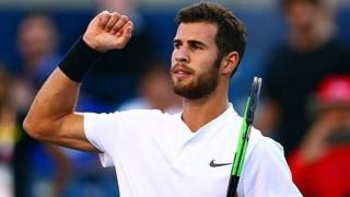 Тенис двойникът на Лиъм Хемсуърт