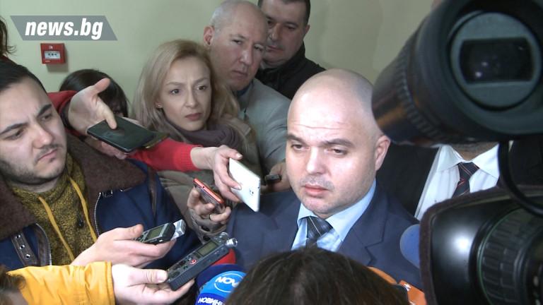 Снимка: Издирването на Зайков продължава, Танева е имала съмнения за къщите за гости, машините за евровота…