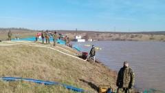 Пети ден военни помагат на пострадалите при наводнението в Димчево