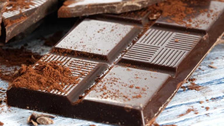 Освен че комбинацията шоколад с червено вино е истинско изкушение,