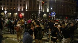 Омбудсманът иска бързо и ясно разследване на битите от полицията протестиращи