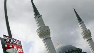 Германски политик настоя за закон за исляма и регистрация на джамии