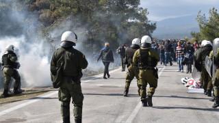 Гърция: Не е имало стрелба срещу мигранти на границата