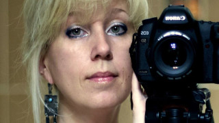 Самозапалване на руска журналистка взриви социалните мрежи, властите игнорират
