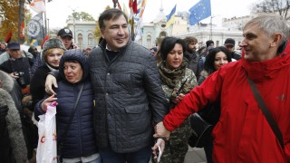 Саакашвили: Да изгоним паразитите в службите на Украйна
