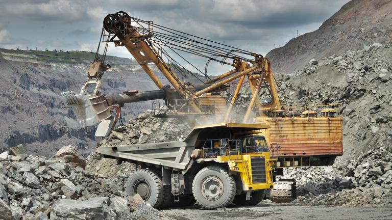 Откриха 43 нарушения при проверките на рудници и мини