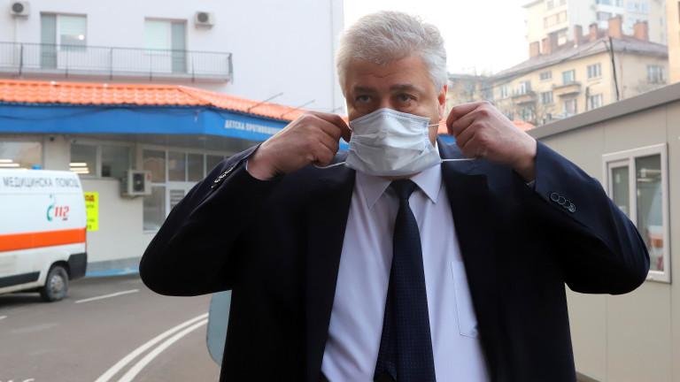 Асен Балтов би бил тъжен, ако няма места в болниците, не в ресторантите