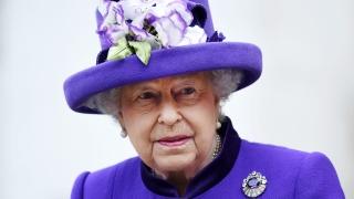 На предизвикателствата и героите сред нас посвети коледното си слово британската кралица