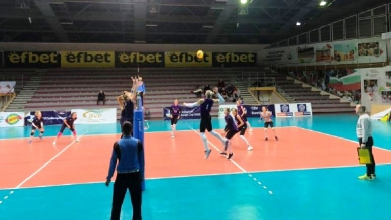 Волейболистките загряха за Апелдоорн с нова победа срещу Хърватия