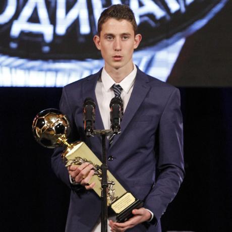 Божи Краев бе избран за най-проспериращ млад футболист