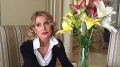 Илиана Раева: Героизъм е да живееш сред малоумници