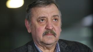 Проф. Кантарджиев: До седмица ще намалеят случаите на заразени с COVID-19