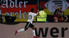 Германия - Холандия 2:4, гол на Вайндалдум
