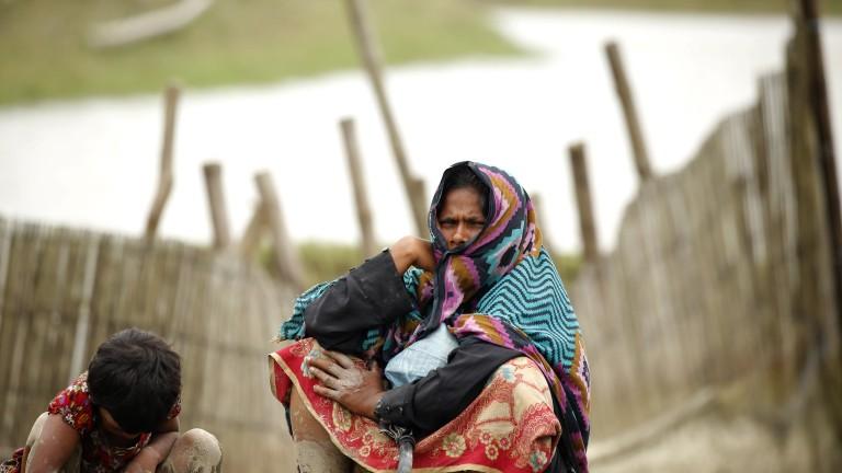 250 000 рохинги в Бангладеш получиха лични карти
