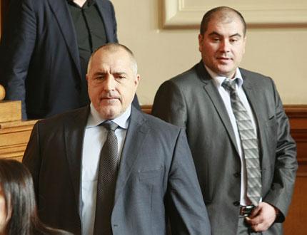 С вицове Борисов бори опонентите