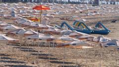 Сянката на плажа трябва да е безплатна, смята Ангелкова