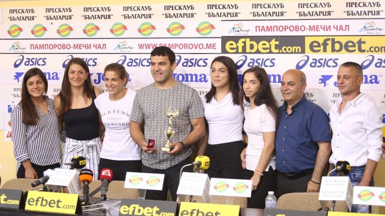 Женският национален отбор по борба спечели приза за отбор на