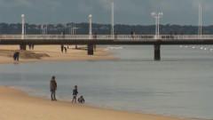 Над 750 кг кокаин изплуваха по френски плажове