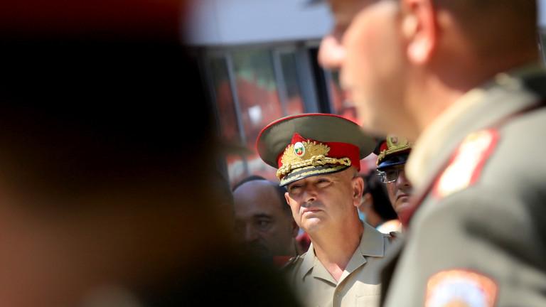 Генерал Мутафчийски: Доброволците ни са повече от 45 човека