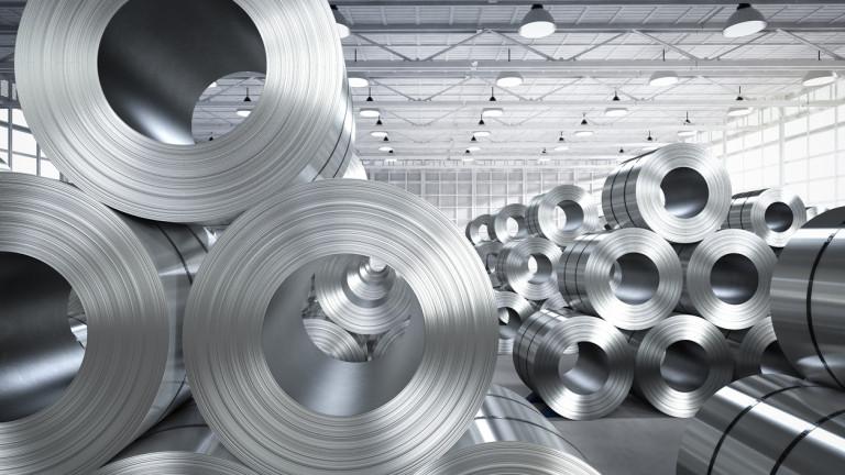 САЩ намали наполовина митата за внос на стомана от Турция