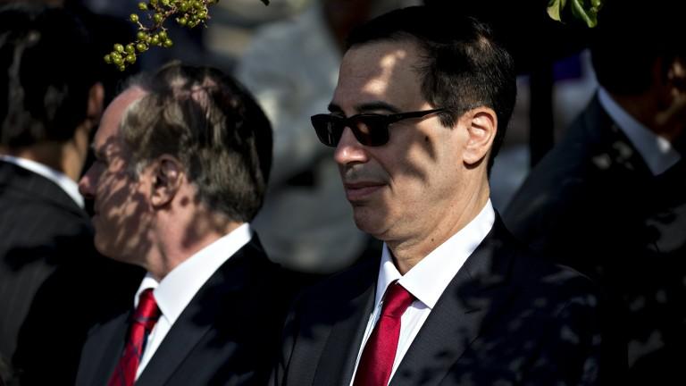 Финансовият министър на САЩ искал да използва военен самолет за меден месец до Европа