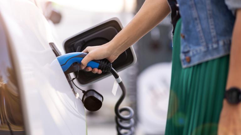 Най-големият пазар за автомобили в света слага край на бензина и дизела от 2035 г.