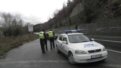 Бус с младежкия ни отбор по биатлон катастрофира на път за Банско