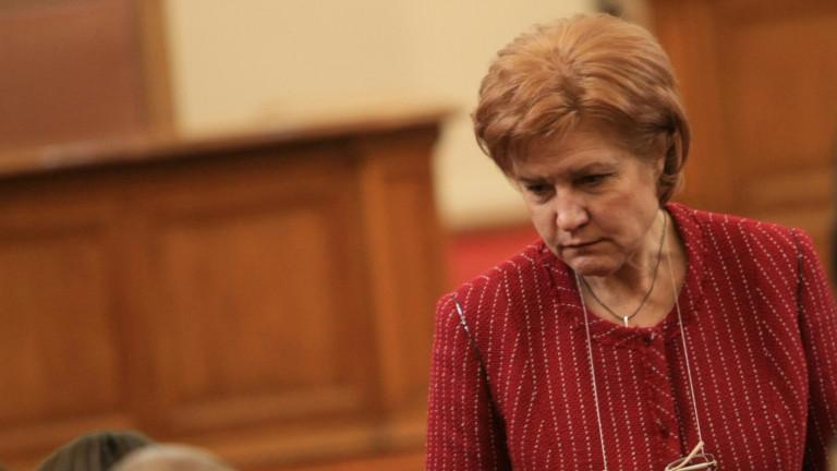 Протестът на такситата не касае закона и Менда Стоянова