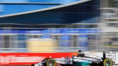 Люис Хамилтън спечели първото Гран при на Русия