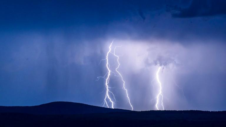 Бури и порои връхлетяха Западна Гърция