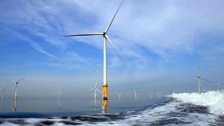 Испанска компания строи най-голямата вятърна ферма в Балтийско море
