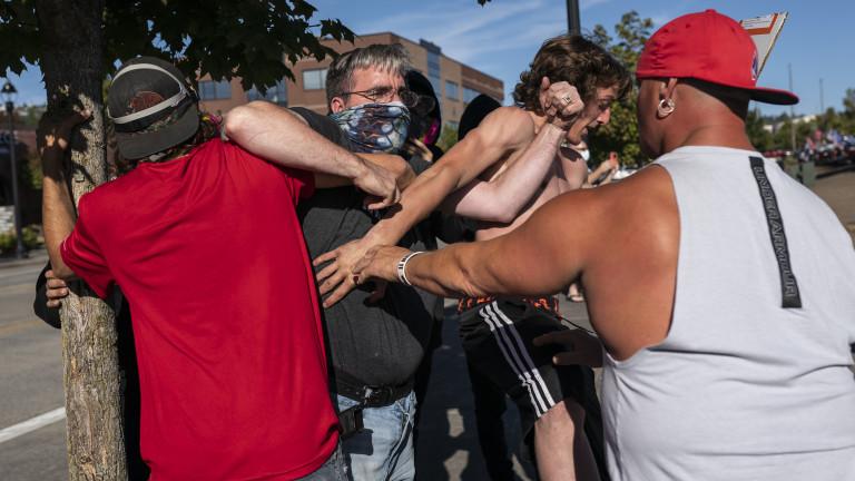 27 арестувани след поредна протестна нощ в Портланд
