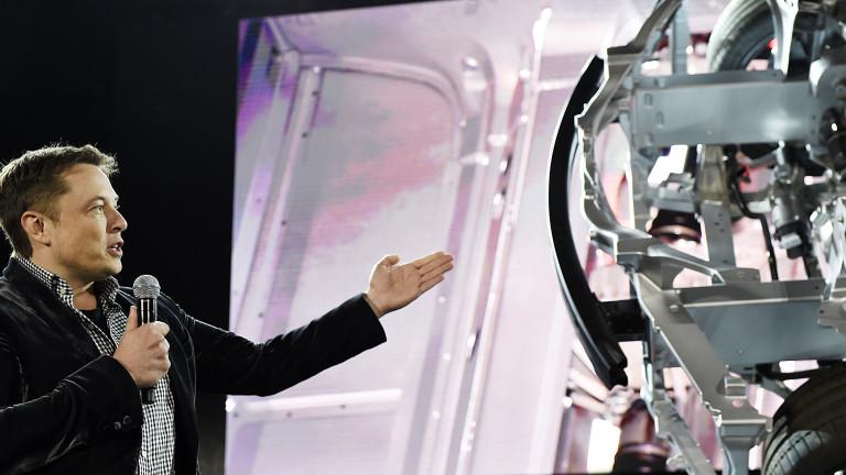 Преди да поеме Tesla, цялото внимание на Мъск е било фокусирано върху SpaceX