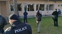 Отложиха делото срещу афганистанците, потрошили лагера в Харманли