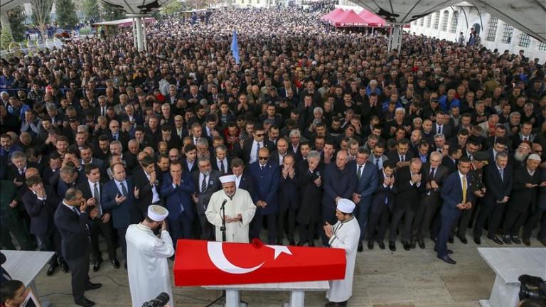 Гробът на Наим Сюлейманоглу ще трябва да бъде отворен