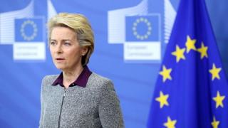 Урсула фон дер Лайен смъмри Русия за Навални и настоява незабавно да го освободи