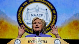 Съдят Хилъри Клинтън заради Бенгази