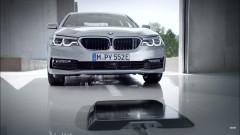 BMW представи безжично зареждане на 5-та серия (ВИДЕО)